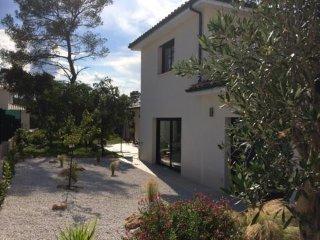Maison moderne 200 m² Piscine environnement calme - Montferrier Sur Lez vacation rentals