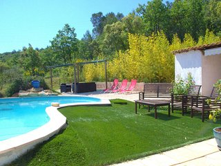 3 bedroom House with Internet Access in Neoules - Neoules vacation rentals