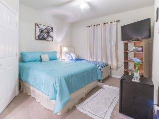Nice private room near Universal Studios - Orlo Vista vacation rentals