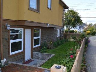 2 Bedroom Suite on Boyd - Victoria vacation rentals