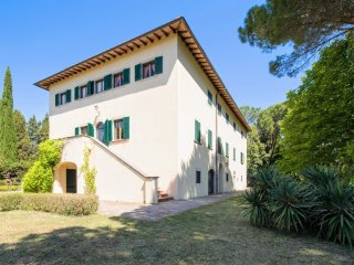Spacious Villa with Internet Access and Central Heating - Montecatini Val di Cecina vacation rentals