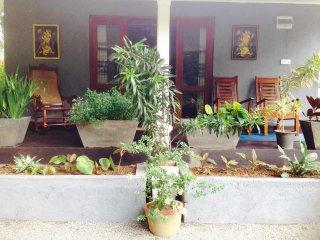 Yalegoda Walauwa Home stay - Challet 02 - Peradeniya vacation rentals