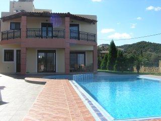 Villa Anna 3 bedrooms with private pool - Nea Kydonia vacation rentals