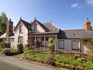 Charming 5 bedroom House in Llechryd - Llechryd vacation rentals