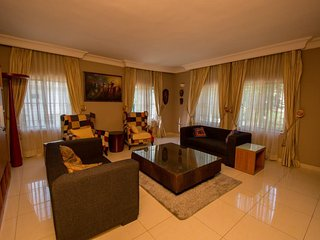 Comfortable 1 bedroom Bed and Breakfast in Abuja with Internet Access - Abuja vacation rentals