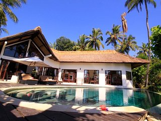 Beach front luxuary villa in authentic north Bali - Singaraja vacation rentals
