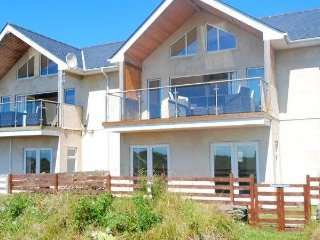 Nice 4 bedroom House in Rhosneigr - Rhosneigr vacation rentals