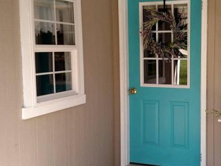 Nice Cottage with Internet Access and A/C - Dundee vacation rentals