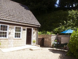 Little Tremore Cottage - Beautiful rural village hideaway - Shorwell vacation rentals