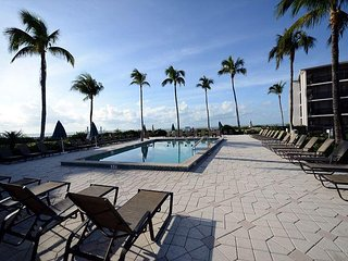 Sundial J208 Gulf View Resort Style Condominium - Sanibel Island vacation rentals