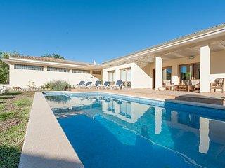 ARADA - Villa for 8 people in CRESTATX - Sa Pobla vacation rentals