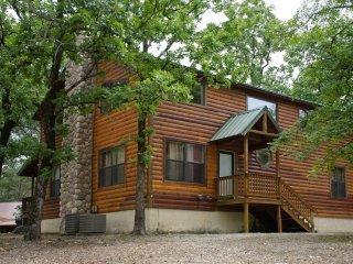Little Pines (Sleeps 10) Pets Allowed - Oklahoma vacation rentals