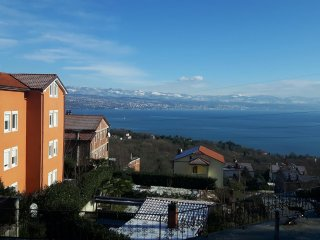 Modernly furnished apartment Love with sea view for 4-5 persons in Lovran - Lovran vacation rentals
