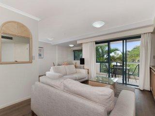 Oceanview Esplanade Cairns - Cairns vacation rentals