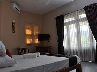 DOUBLE ROOM RIVORICH RESIDENCE KANDY - Kandy vacation rentals