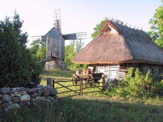 Bright 4 bedroom Barn in Valjala - Valjala vacation rentals