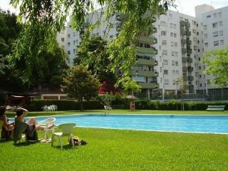 Nice Condo with Shared Outdoor Pool and Television - El Masnou vacation rentals