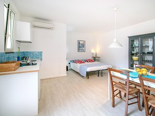 Wide apartment with two bathrooms - Procida vacation rentals