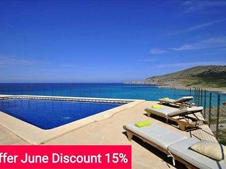 Last Minute 15% June 2017. House for 12 people in Cala Mesquida with sea views - Capdepera vacation rentals
