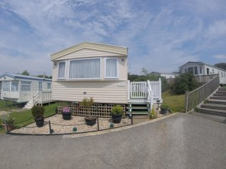 Holiday Home Caravan at Rookley Country Park - Rookley vacation rentals