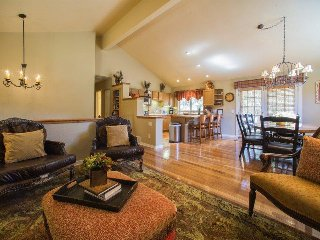 Lazy K Mountain Home - Immaculately decorated, private hot tub, close to free - Keystone vacation rentals