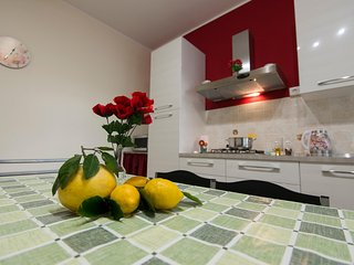 Comfortable home base to discover Eastern Sicily - Giarre vacation rentals