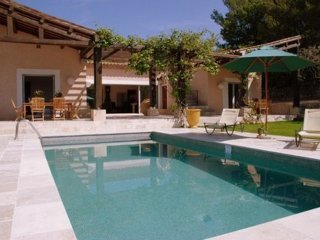 Le Pin de Sacé - Modern country house situated 30 km from the Mediterranean Sea - Seillans vacation rentals