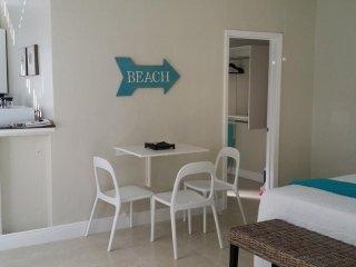 HW Broadwalk BEACH at 20steps 01S1B - Hollywood vacation rentals