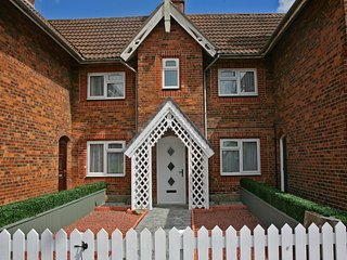York Vale Cottage- Visit York, Hull (City of Culture) and East Yorks Coast - Market Weighton vacation rentals