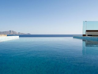 10% Discount on all 2017 bookings! Luxury Villa Verna with private Infinity Pool - Vlycha vacation rentals