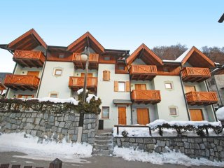 3 bedroom Apartment with Internet Access in Pinzolo - Pinzolo vacation rentals