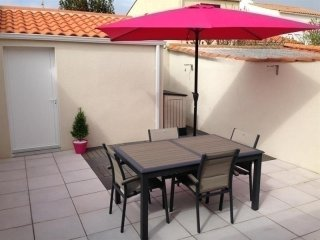 Nice 2 bedroom Vacation Rental in Les Sables-d'Olonne - Les Sables-d'Olonne vacation rentals