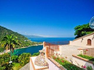 Villa Estate overlooking the Pacific Ocean - Boca de Tomatlan vacation rentals