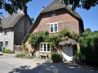 3 bedroom House with Internet Access in Avebury - Avebury vacation rentals