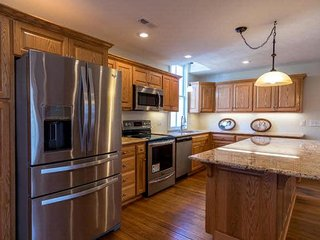 Nice House with Internet Access and A/C - Criders vacation rentals