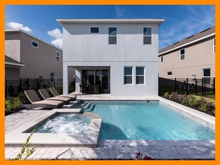 The Encore Club - Great for family reunions - Fern Park vacation rentals