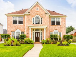 Beautiful Home Conveniently Located Near Bush Intercontinental Airport/Iah - Atascocita vacation rentals