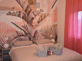 """Residenza """"L'Essenziale"""" con trattamento di B&B - San Fermo della Battaglia vacation rentals"""