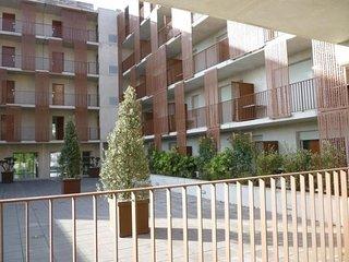 Lagrange MONTPELLIER APART'HOTEL MONTP. MILLENAIRE *** - Montpellier vacation rentals