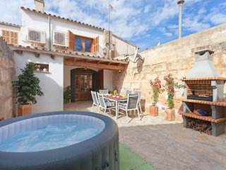 3 bedroom House with Internet Access in Muro - Muro vacation rentals