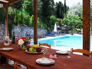 Private Villa With Pool, Tennis Court & Pontoon In Geni, Lefkada - Geni vacation rentals