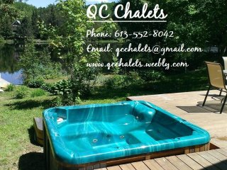 Cozy 2 bedroom Chalet in Lac-des-Plages with Deck - Lac-des-Plages vacation rentals