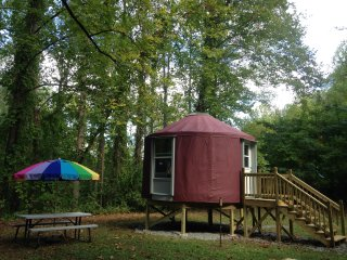 Magical Escape Into The Woods - Robbinsville vacation rentals