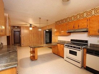 2 bedroom House with Internet Access in Laredo - Laredo vacation rentals