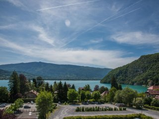 Nice Condo with Internet Access and A/C - Talloires vacation rentals