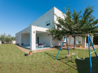 PERICÀ - Chalet for 9 people in Oliva (urb. aigua blanca) - Oliva vacation rentals