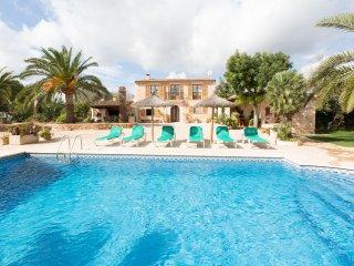 CAN JULIA - Villa for 6 people in Es Llombards - Es Llombards vacation rentals