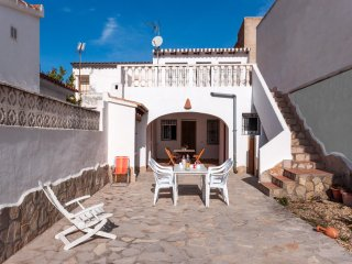 CONILL - Chalet for 8 people in Oliva - Oliva vacation rentals