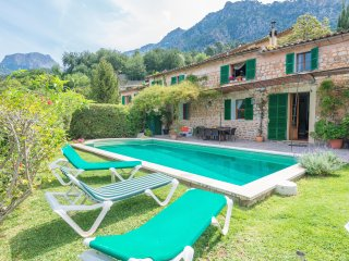 CAS PATRO LAU - Villa for 8 people in FORNALUTX - Fornalutx vacation rentals