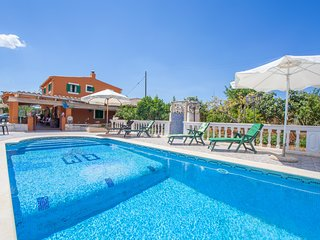SA CASOTA - Villa for 11 people in Consell - Consell vacation rentals